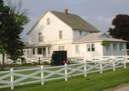 Illinois amish country attractions for Amish house builders